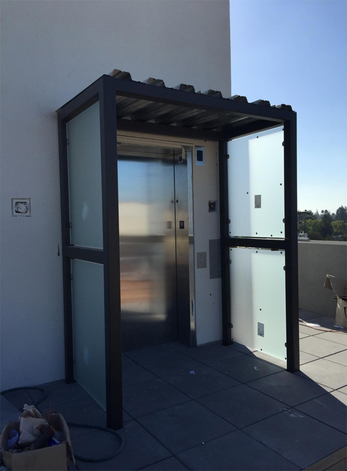awning-elevator