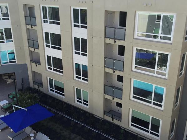 balconies-4stry