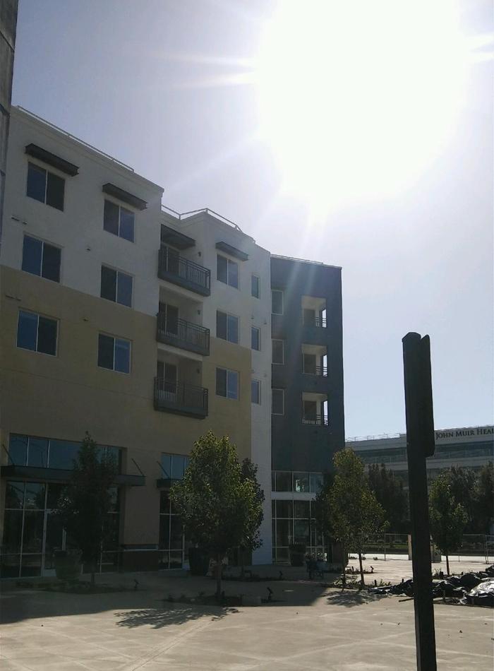 balcony-3story