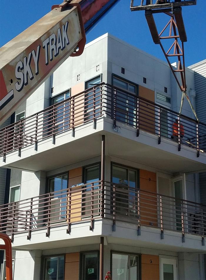 balcony-crane